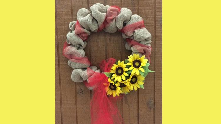 Arts & Crafts Burlap Wreath